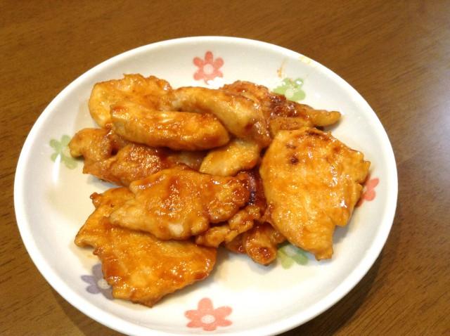 鳥胸肉で作る!ピリ辛ケチャップソース炒め