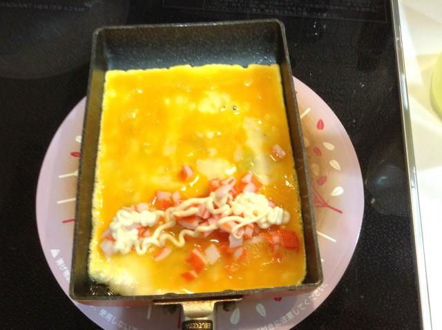 マヨかまぼこ入り卵焼き手順3