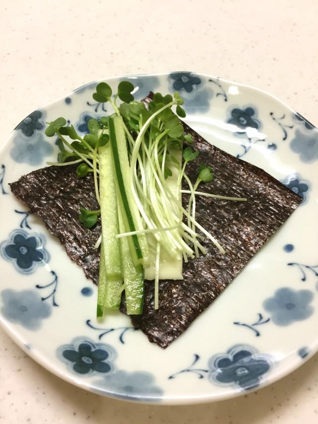 ヘルシーおつまみ!野菜海苔巻き手順2