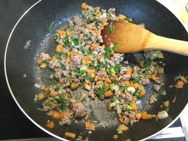 ひき肉と野菜入り!とろ~りあんかけ豆腐手順2