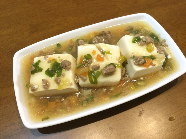 ひき肉と野菜入り!とろ~りあんかけ豆腐