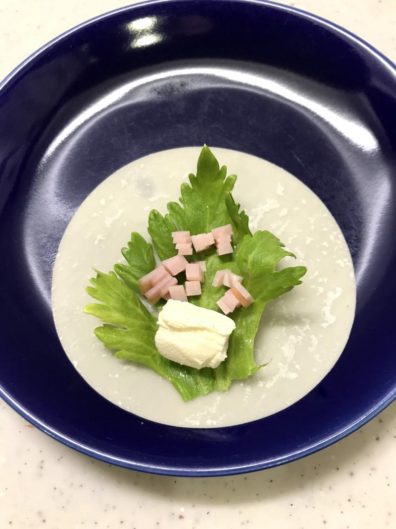 クリームチーズとハムの包み揚げ手順2