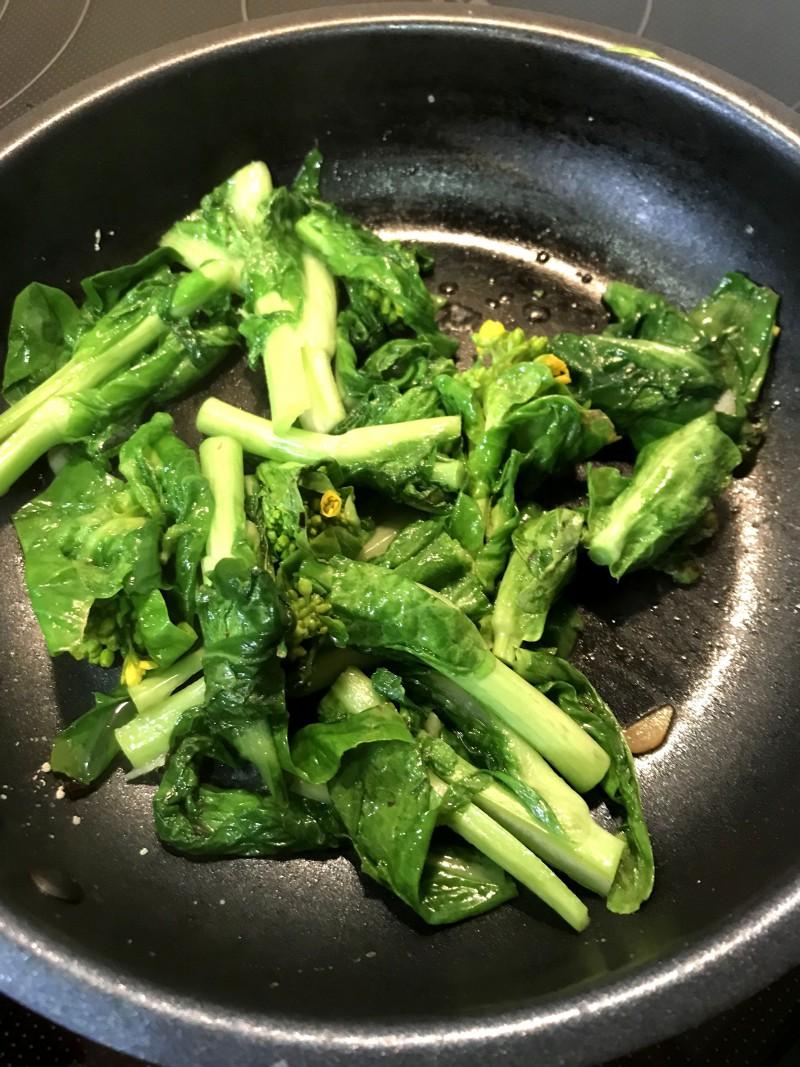 菜の花ペペロンチーニ手順5