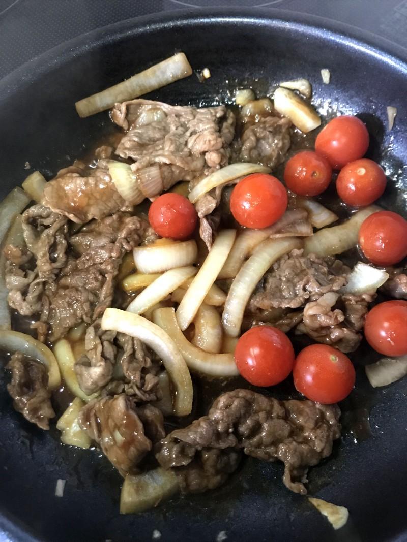 牛肉のトマト炒め手順3