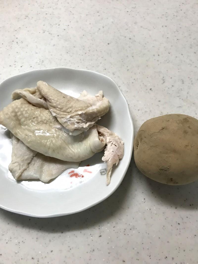 鶏皮ポテトの材料イメージ