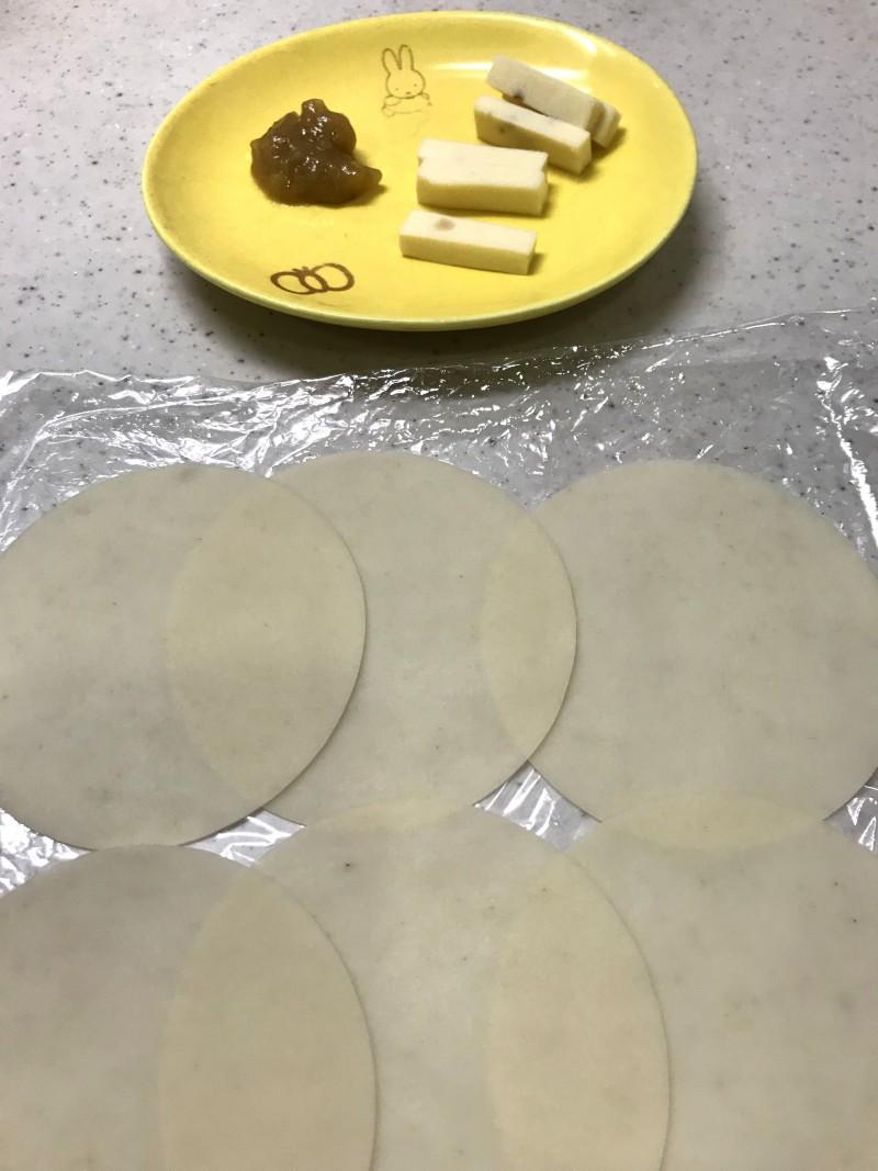 ジャムとチーズの包み揚げの材料イメージ