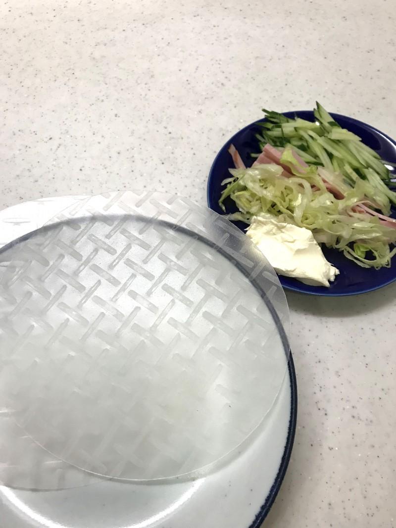 クリームチーズの生春巻きの材料イメージ