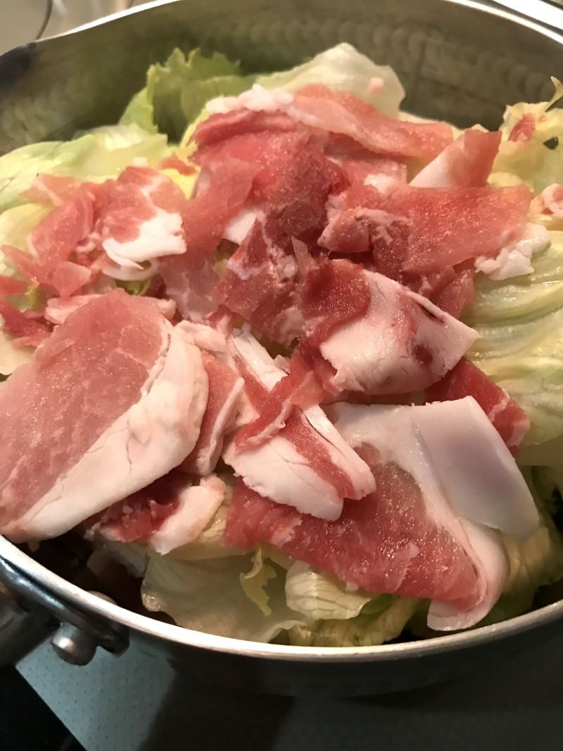 レタスのソース煮浸し手順1