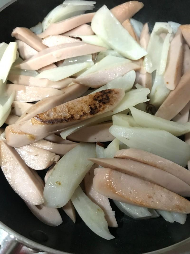 魚肉ソーセージとれんこんの塩きんぴら手順4