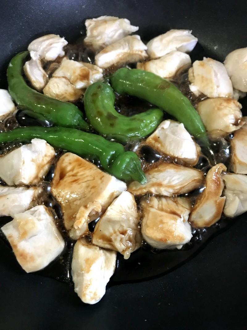 鶏むね肉としし唐の照り照り炒め手順4