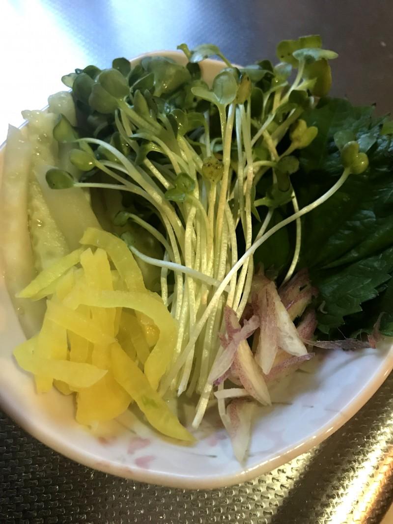 明太子の海苔巻きサラダ手順2