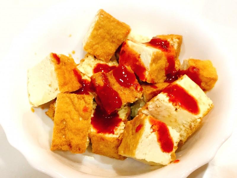 レンジであっという間!厚揚げとキムチのとろ~りチーズ手順1