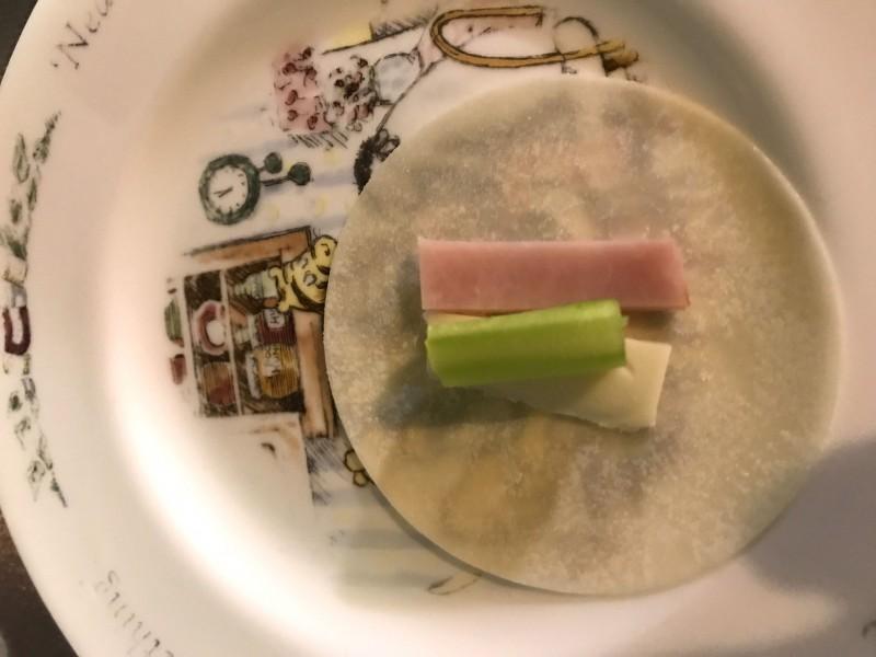 アスパラとチーズの蒸し餃子手順3