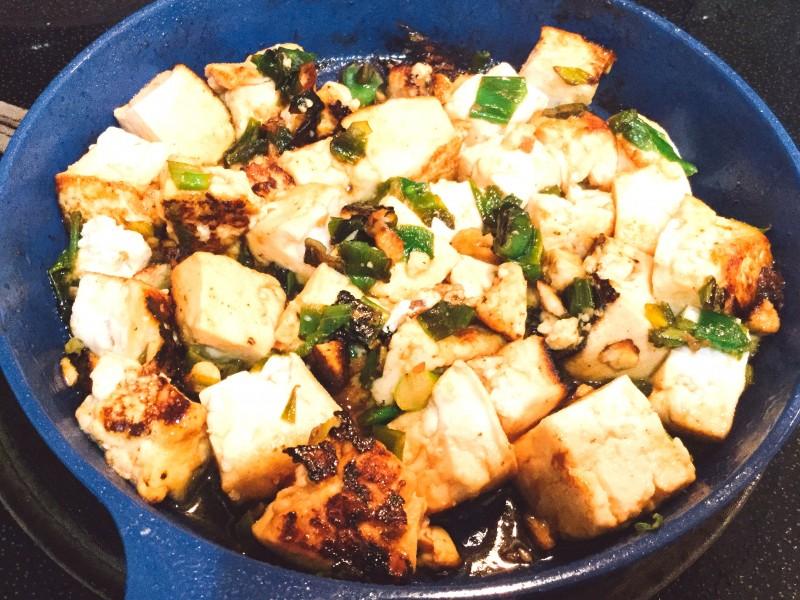 アツアツ!豆腐とネギのスタミナ炒め