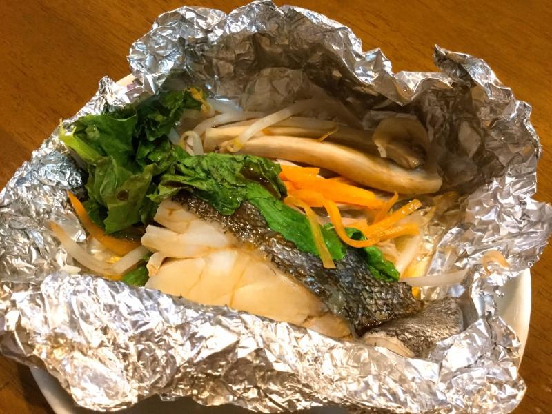 たっぷり野菜とタラのバター醤油ホイル焼き